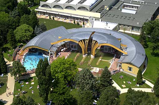 Therme in Buek in Ungarn