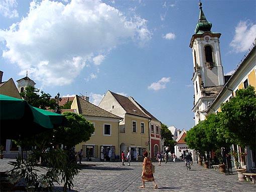 Szentendre mit mediterraner Atmosphäre an der Donau