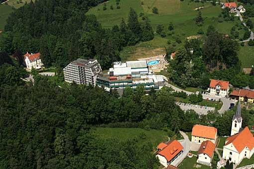 Dobrna mit Therme im Thermenland Slowenien