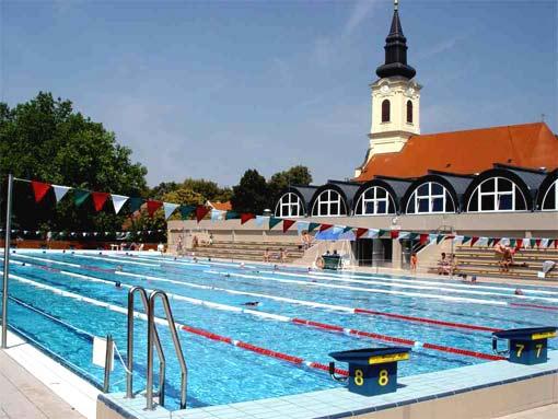 Bad Gyula in Ostungarn Heiltherme mit braunem Thermalwasser