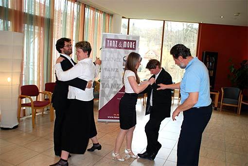 Training im Quellenhotel Bad Waltersdorf für den Opernball