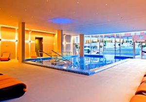 Indoor-Pool im Thermenhotel Sveti Martin