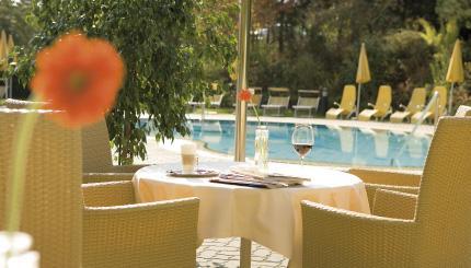 Poolbereicht Hotel Stoiser Therme Loipersdorf