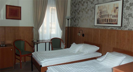 Gästezimmer der Pension Caesar in Papa