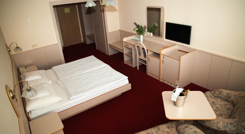 Gästezimmer im 4*-Hotel Bodrog Wellness